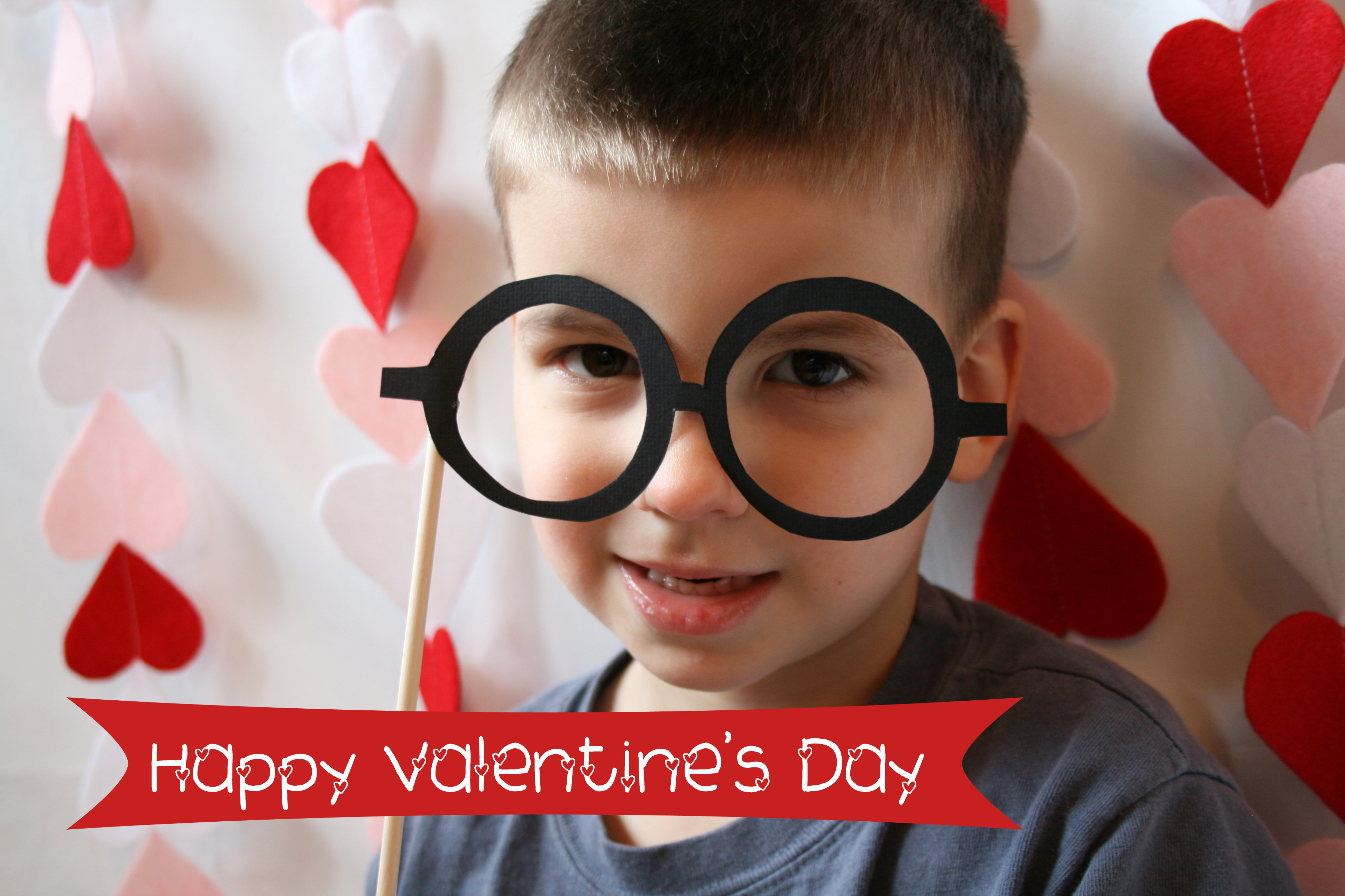 Valentine S Day Photo Booth Ideas Eat Pray Create