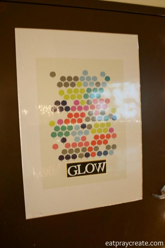 glow 17a